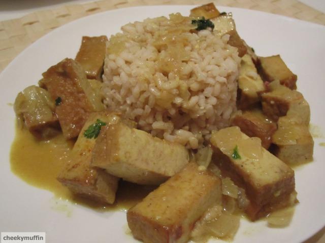 Tofu au curry et lait de coco