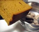 Crema para untar de chocolate con leche, pan de especias y leche de almendras